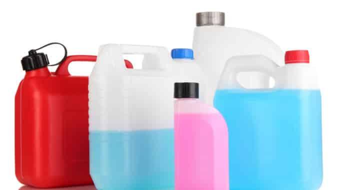 Verschiedene Reinigungsmittel für Hochdruckreiniger