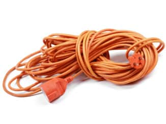 oranges Elektrokabel