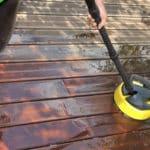 Reinigung und Pflege von Holzterrassen